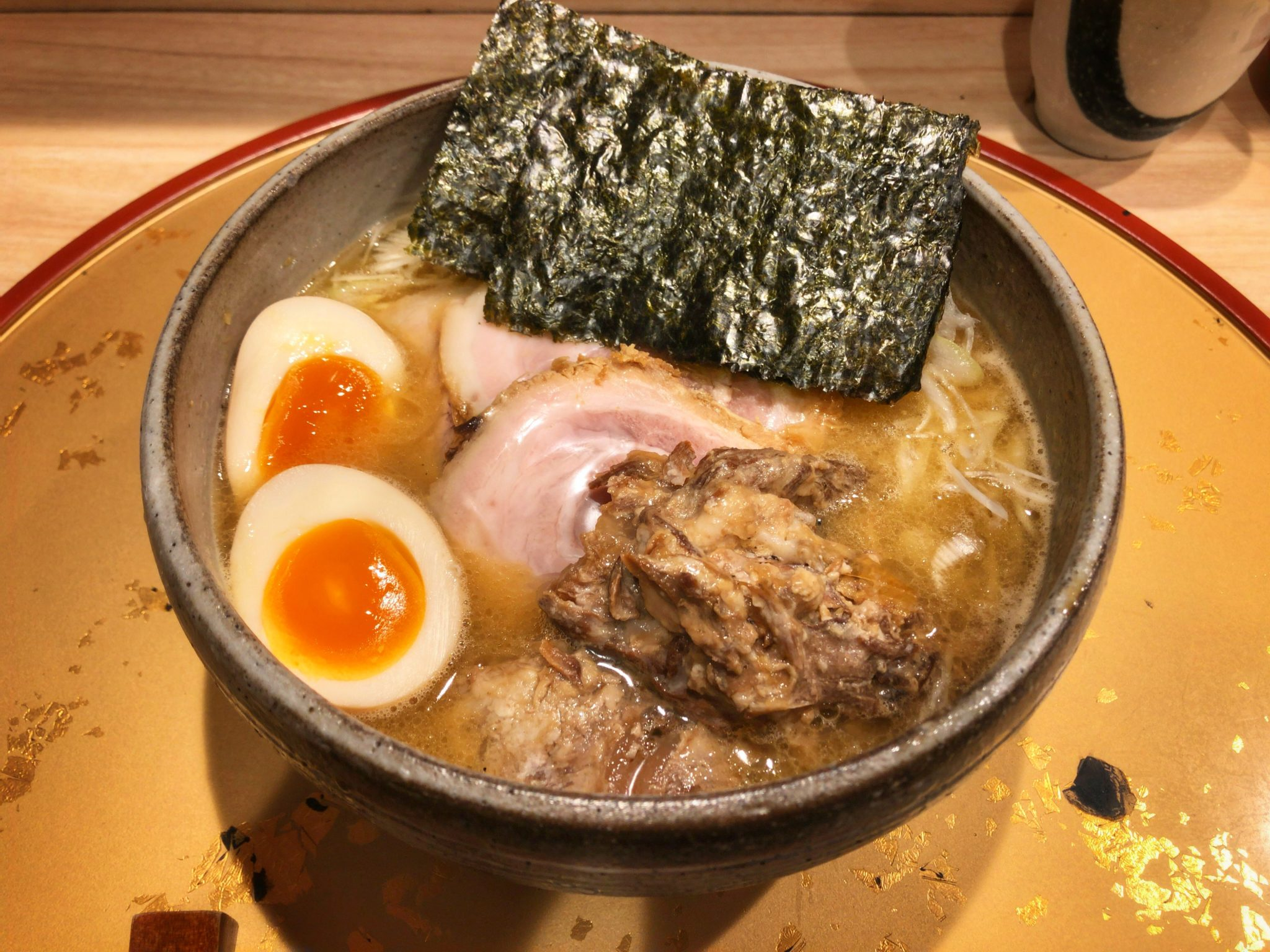 麺屋音別邸の特製生姜濃厚鶏白湯①